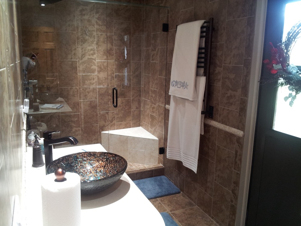 bathroom-remodel-largo-bourgoing-construction