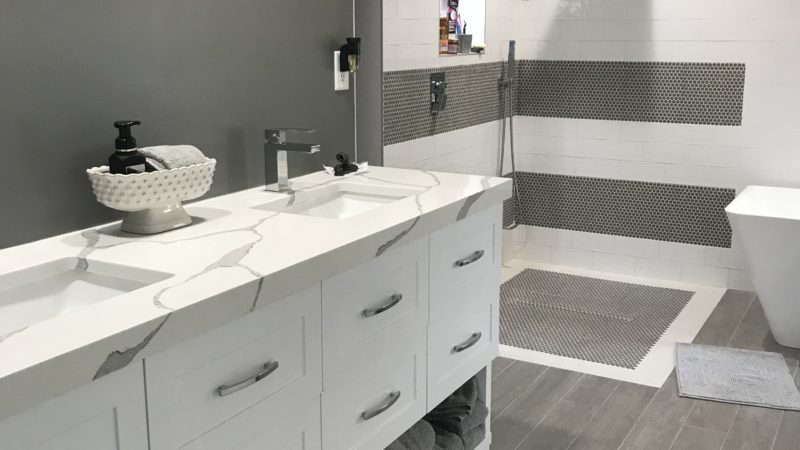 Master Bathroom with Simplicity